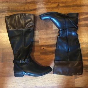 NWOT Brown and Black merona riding boots 6.5